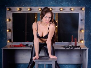 BeastyDomme live show